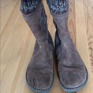 Other - Ugg boots size 4 used condition